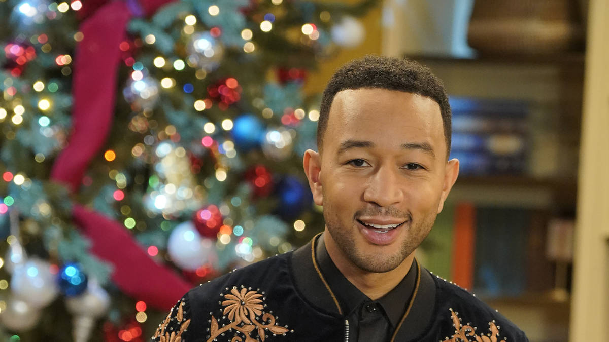 Baby, It's Cold Outside: John Legend and Kelly Clarkson remake classic with new... - Smooth