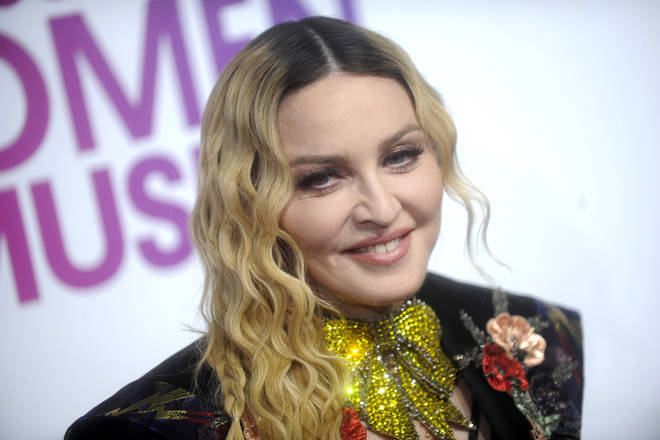Madonna cancels shows due to 'overwhelming pain'